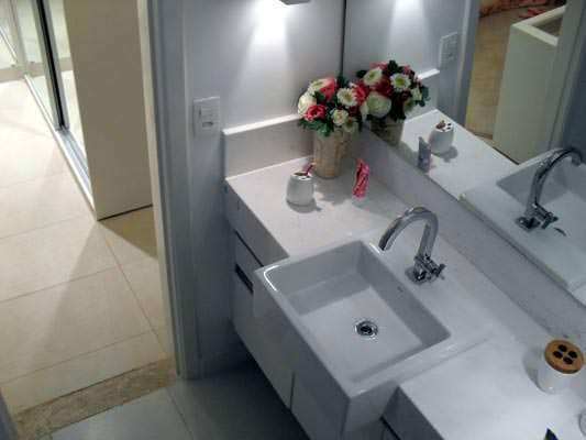 96m² - Banheiro social