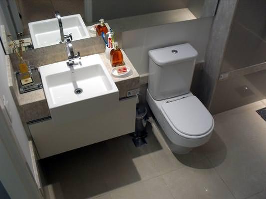 96m² - Banheiro suíte