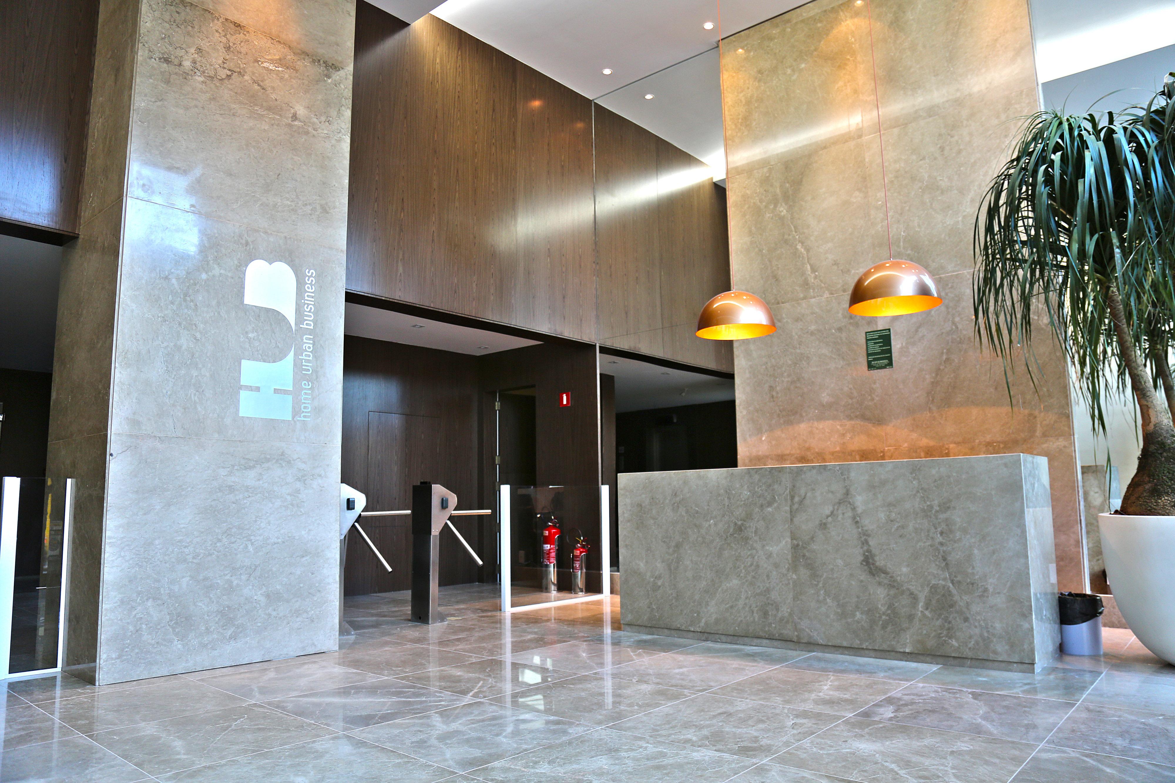 Hall de entrada torre comercial