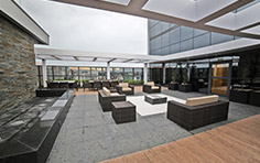 Lounge externo no 32º pavimento exclusivo para o residencial - The Five Home - Tecnisa